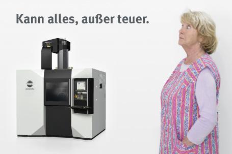 Die Schwäbische Hausfrau im Kittelschurz.
