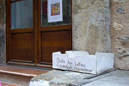 """Mailbox"" à Lagrasse, France. Foto: Kraas"