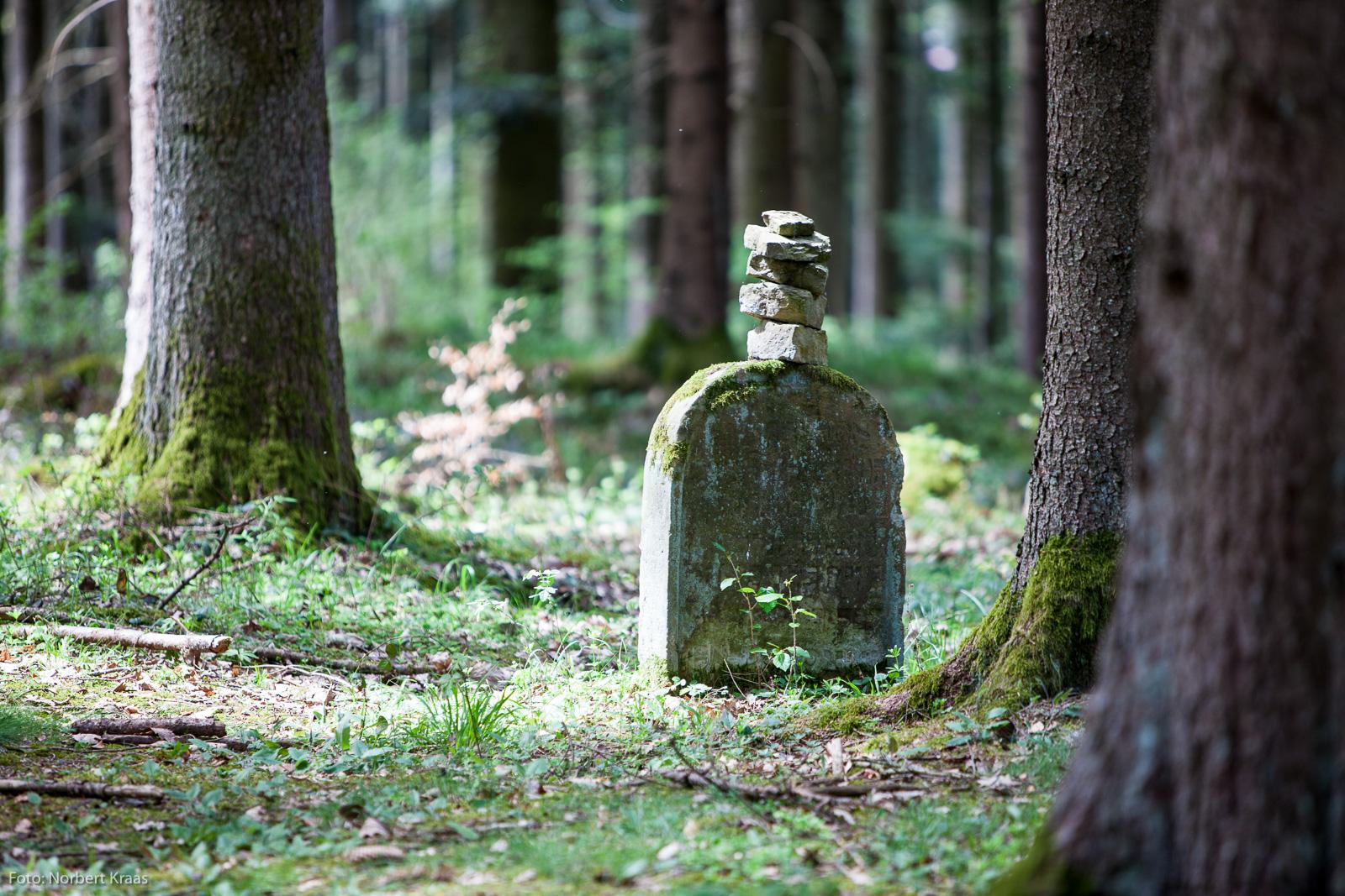 Jüdischer Waldfriedhof Weildorf bei Haigerloch. Ruhestätte der Haigerlocher Juden zwischen 1567 und 1884.