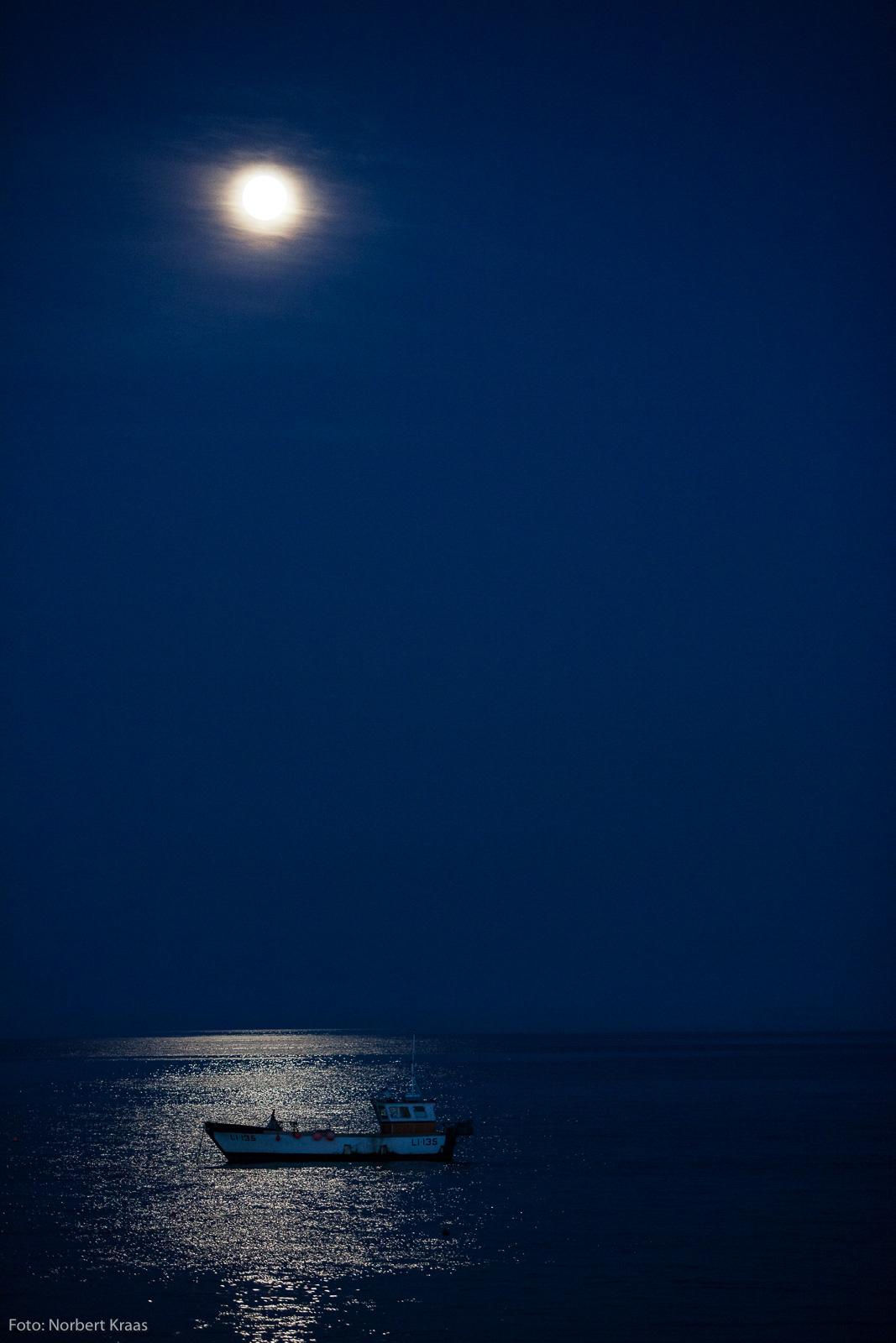 Sieht so Stille aus? Fischerboot vor Selsey an der englischen Südküste. #nophotoshop