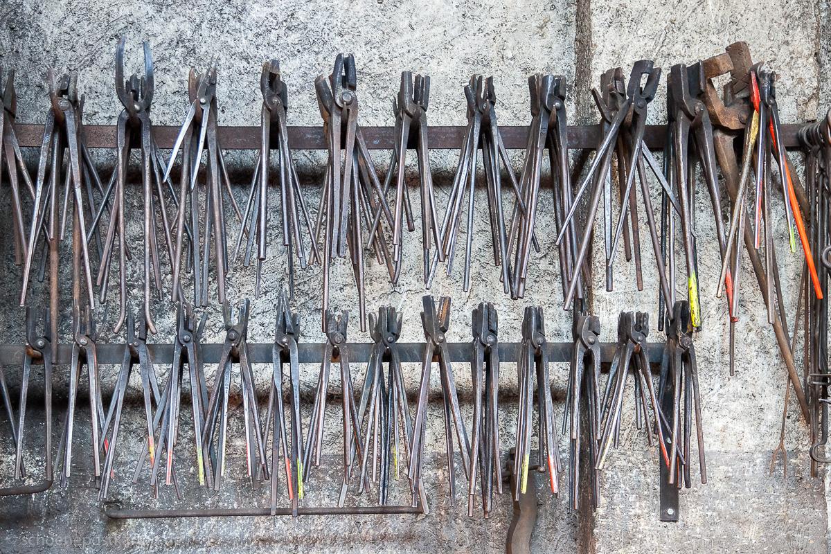 Wie den Menschen, sieht man den Werkzeuge die Jahre an