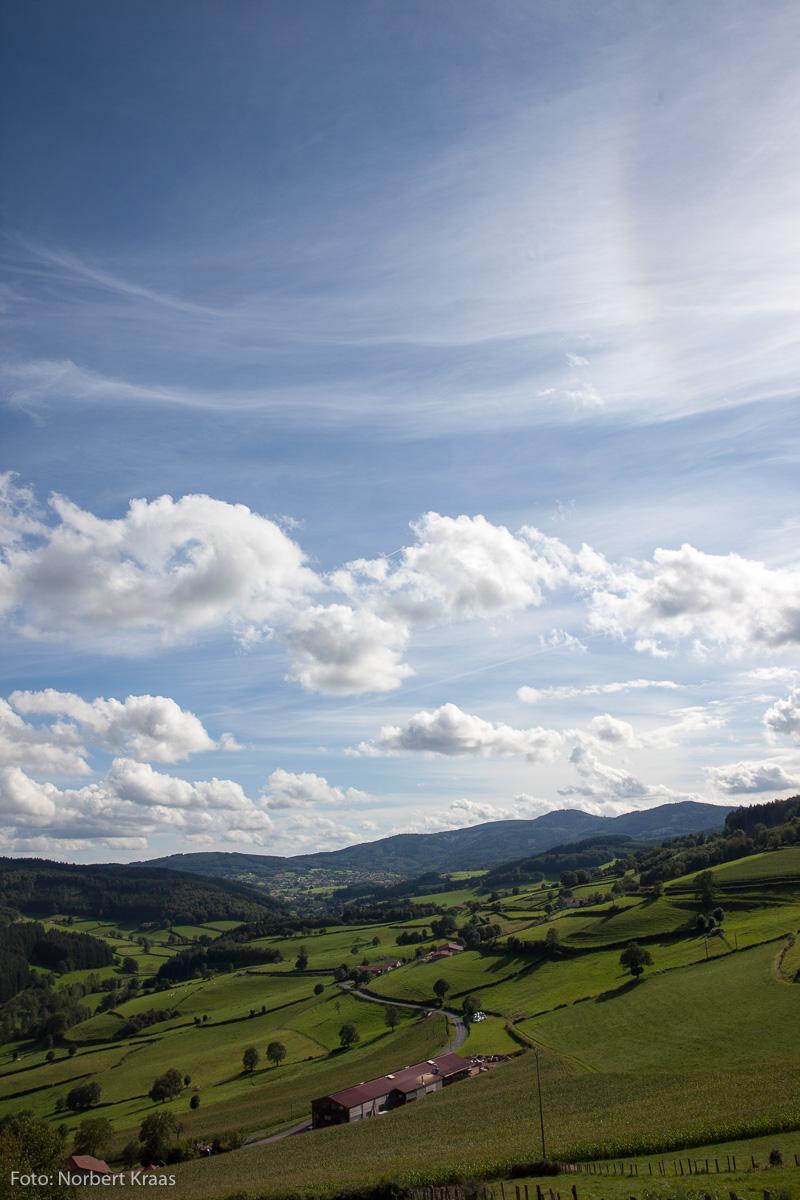 Hügellandschaft im Burgund, weit ab vom Schuss: La France Profonde