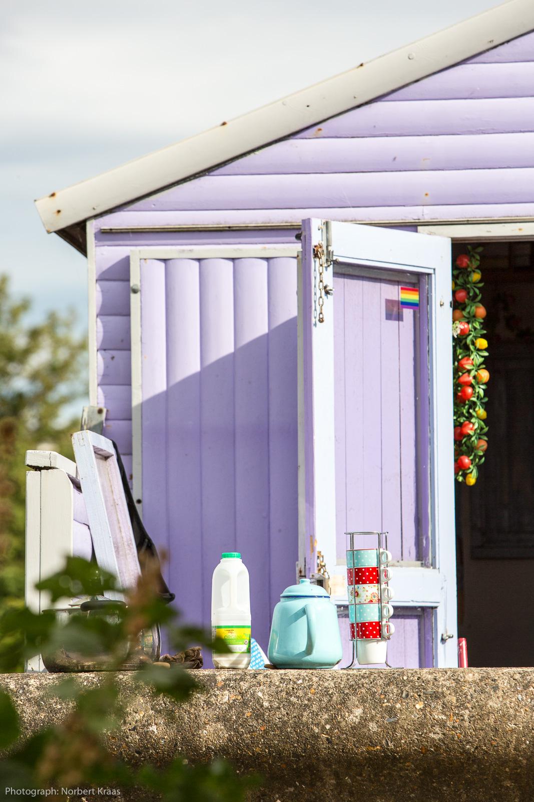 Wer würde da nicht gerne zum Tee eingeladen werden? Strandhütte in Whitstable, Kent.