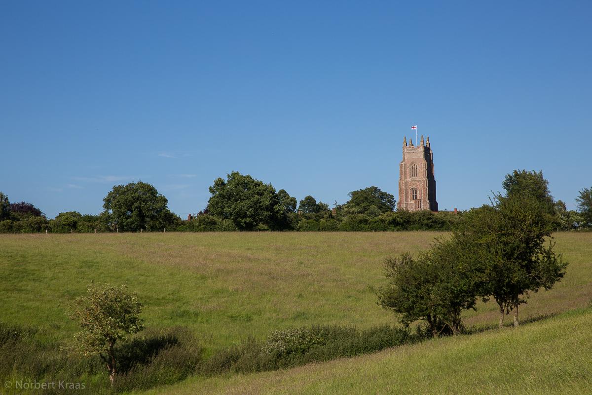 HAPPY is England! So dichtete Keats. Wehrturm der Kirche von Stoke by Nayland, Suffolk