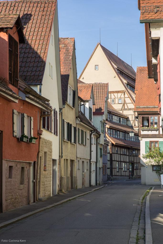 In der Tübinger Bachgasse im Raupenviertel wuchs Fritz Holder auf