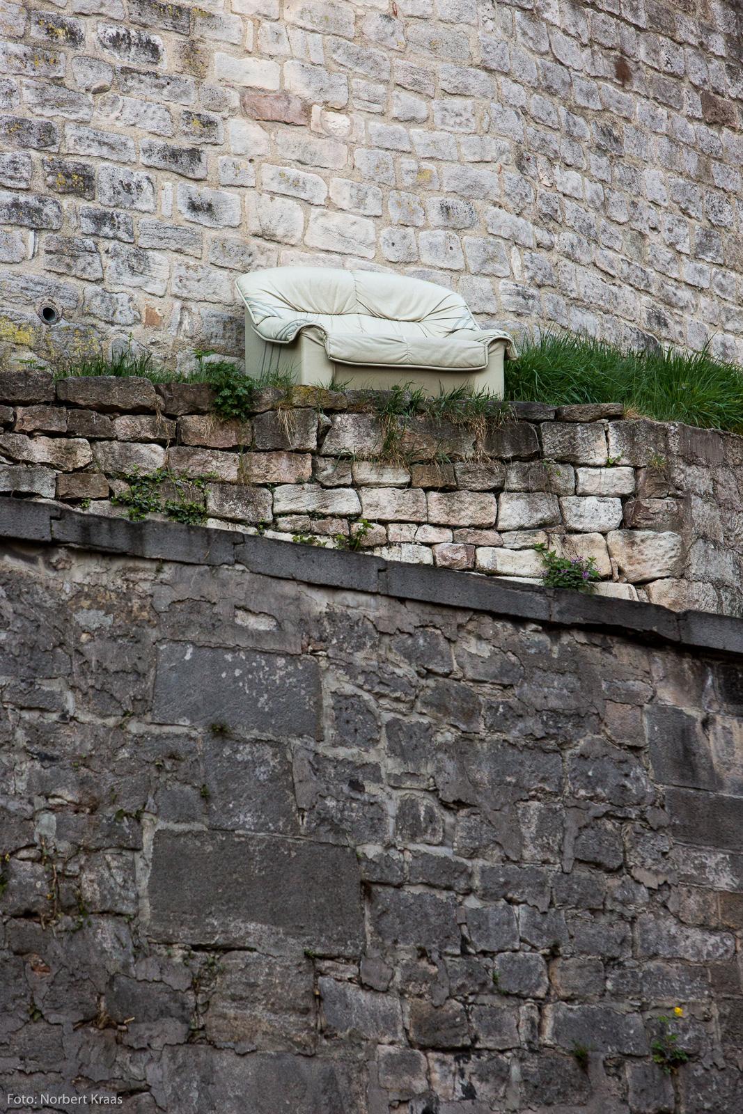 Wo in Tübingen steht dieses Sofa?