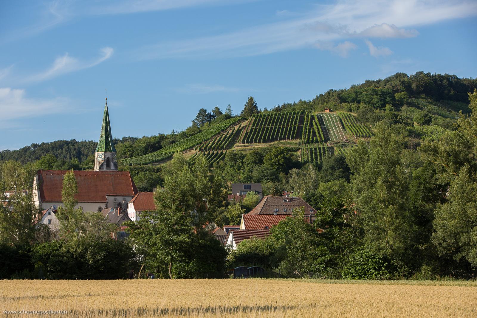 Spätgotische Pfarrkirche Sankt Barbara in Unterjesingen. Foto: www.schoenepostkarten.de