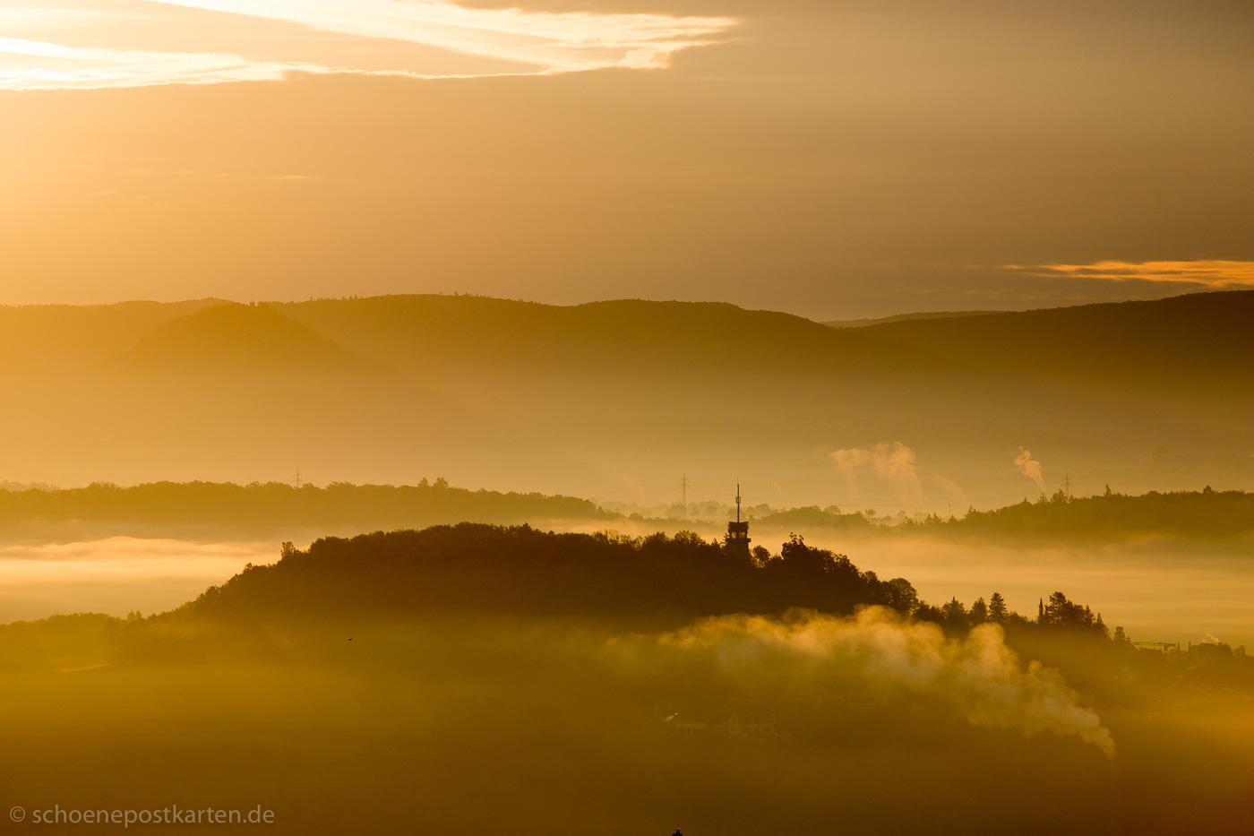 Morgenstimmung auf dem Steinenberg: Österberg und Albtrauf im Nebel | #nofilter #nophotoshop