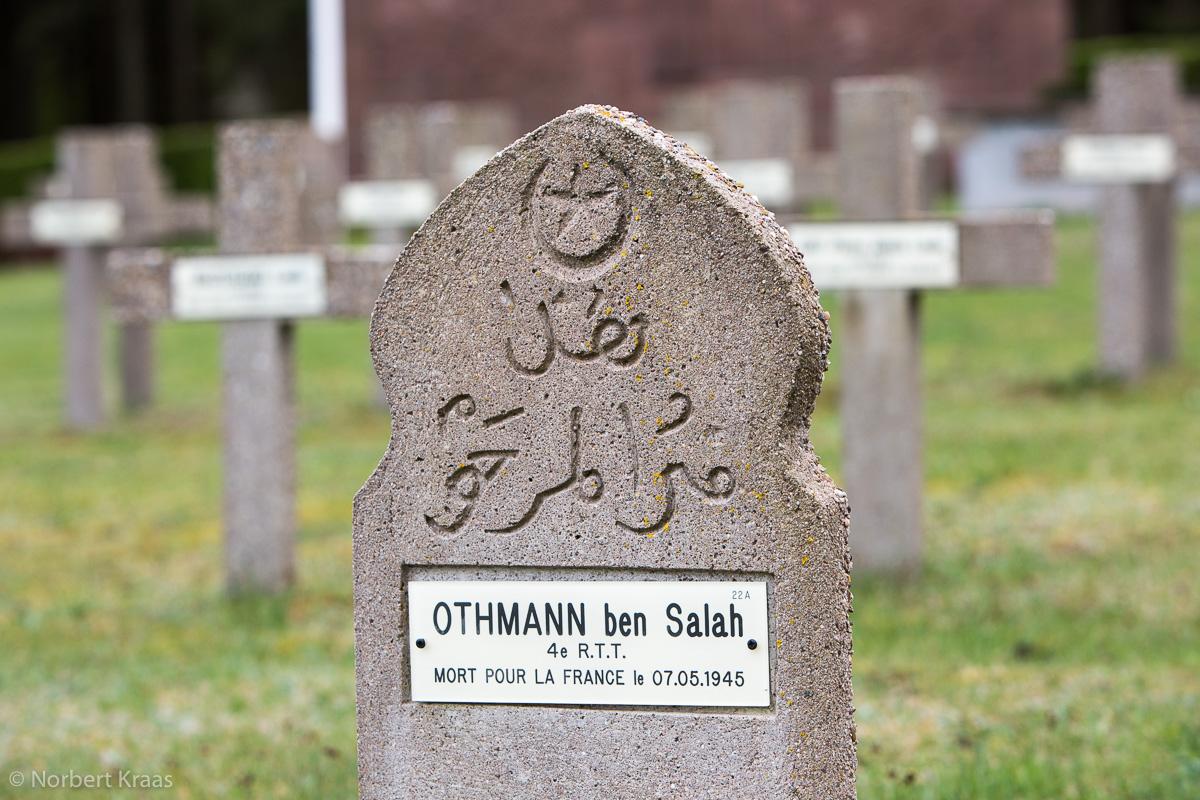 Soldatenfriedhof im Elsass in der Nähe von Schirmeck: Nécropole Nationale au Donon Alsace
