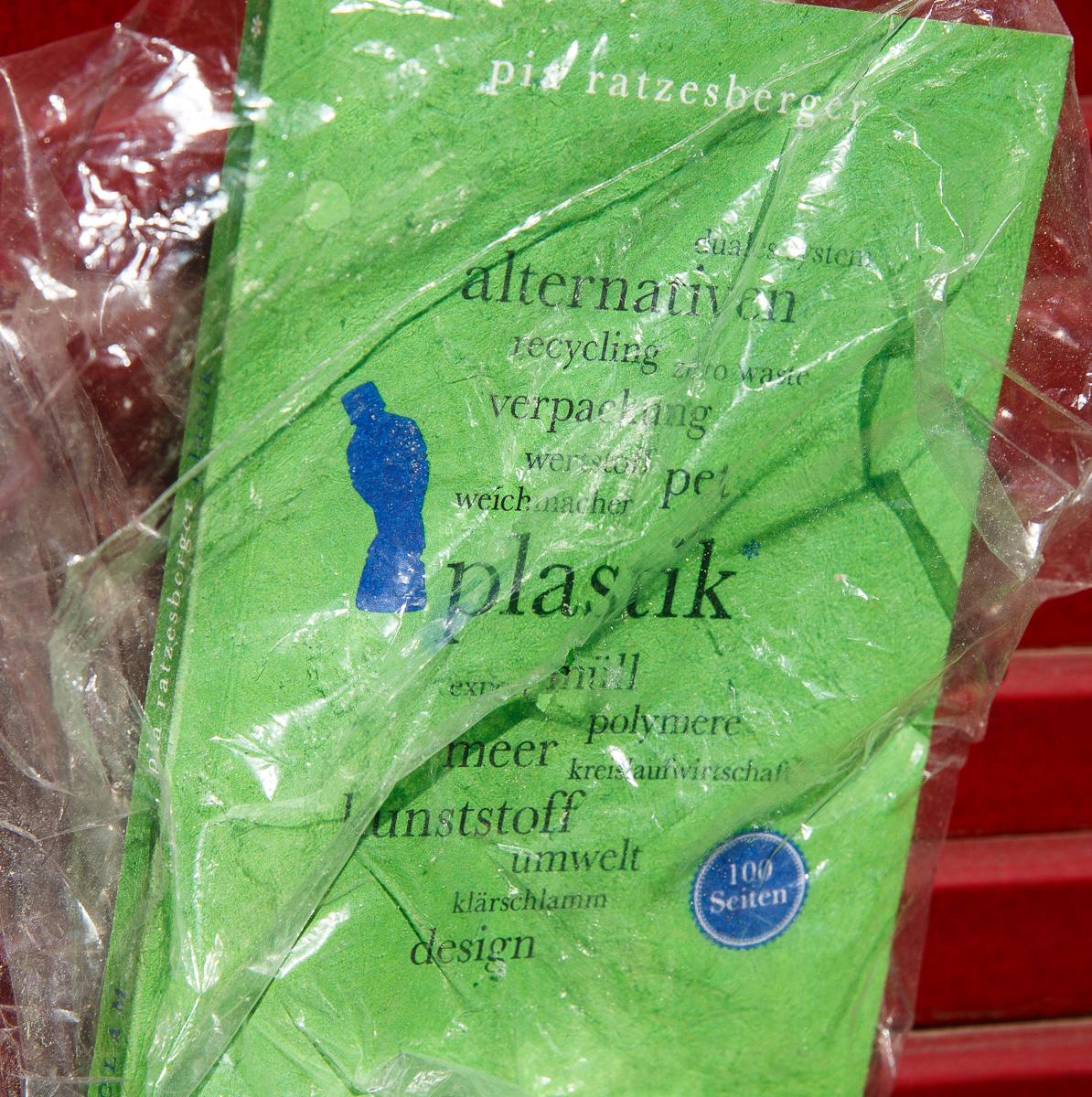 Plastik: Ein lesenswertes Buch von Pia Ratzesberger, Reclam 2019