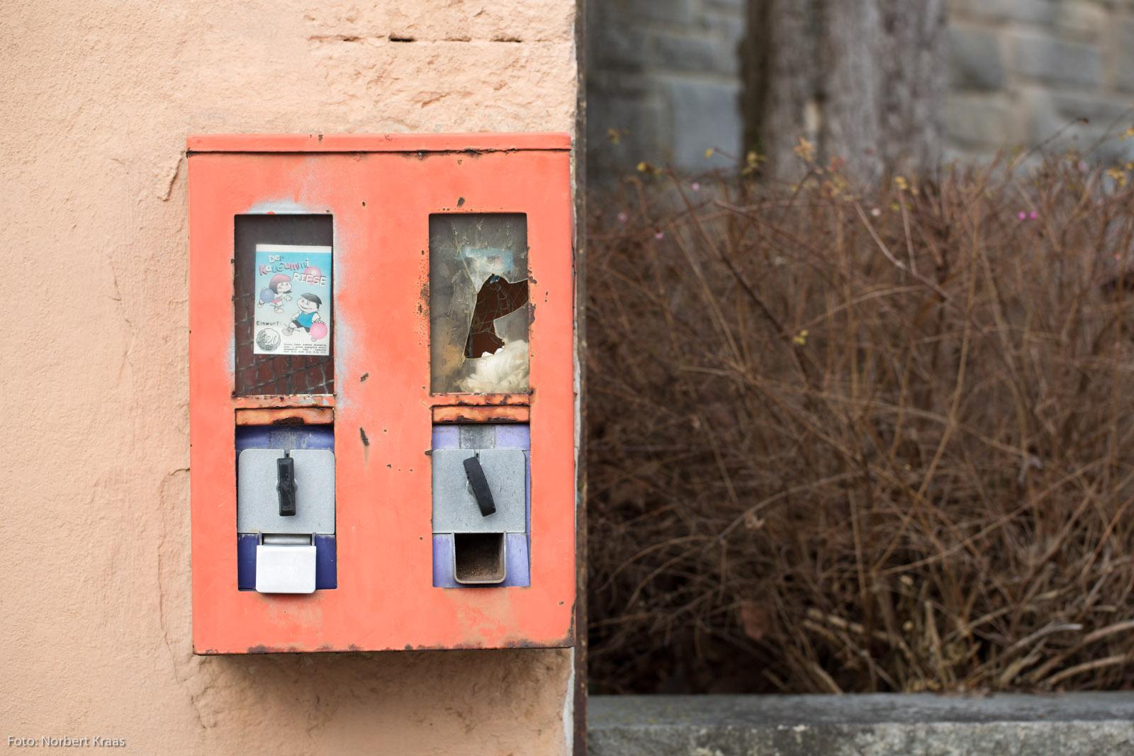 Kaugummiautomat_Dettenhausen_Norbert_Kraas20160313_2702_NK