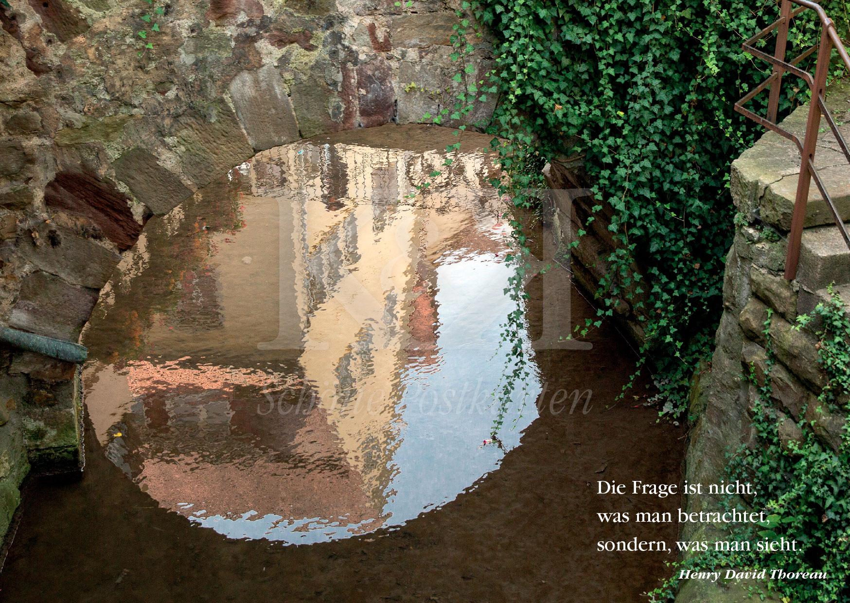 Schöne Postkarte Nr. 30 · Die Ammer in Tübingen beim Café Piccolo Sole d'Oro · © www.schoenpostkarten.de
