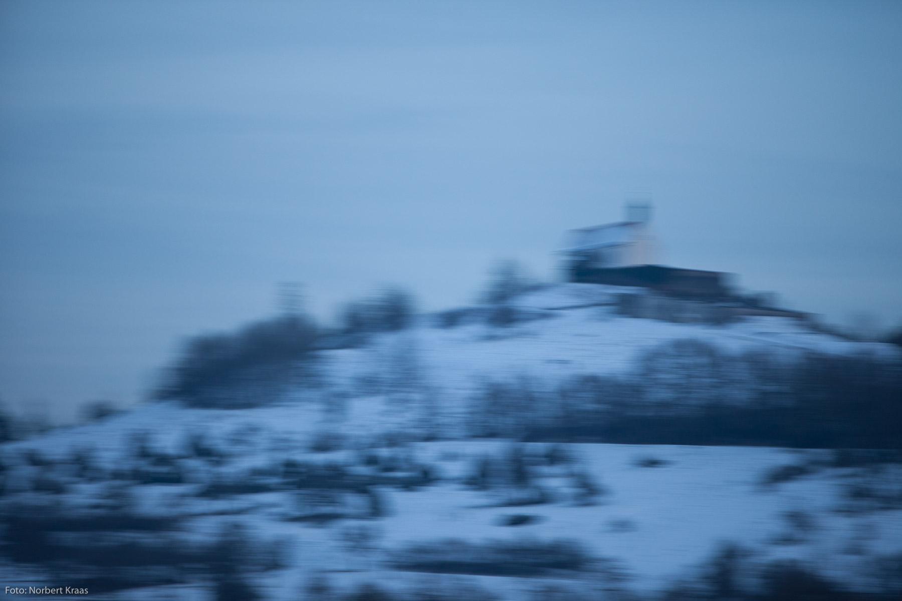 Schauet still ins Tal hinab: Wurmlinger Kapelle St. Remigius. Ohne Photoshop!